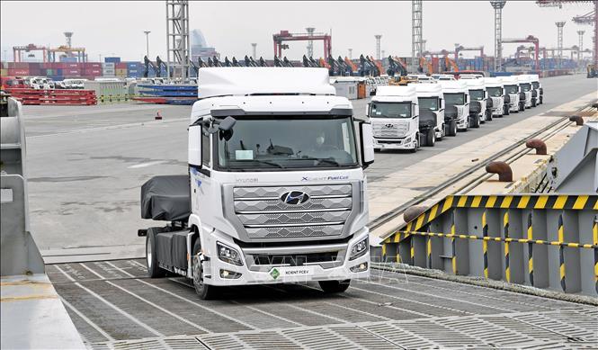Hyundai lần đầu tiên xuất khẩu xe tải chạy bằng hydro sang Thụy Sỹ