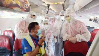 Một chuyến bay giải cứu được chở tối đa bao nhiêu người?