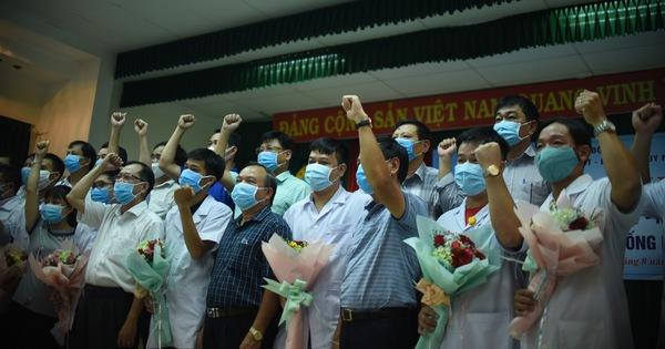 Bình Định chi viện 10 cán bộ y tế cho Quảng Nam chống dịch