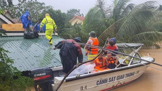 Tình hình chỉ đạo điều hành ứng phó, khắc phục thiệt hại do mưa, lũ, tại khu vực miền Trung