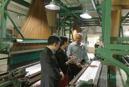 Đổi mới năng lực tiếp cận thị trường cho làng nghề truyền thống