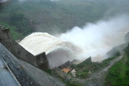 Hồ Thuỷ điện Đăk Mi đã giúp giảm 70 triệu m3 nước cho hạ du