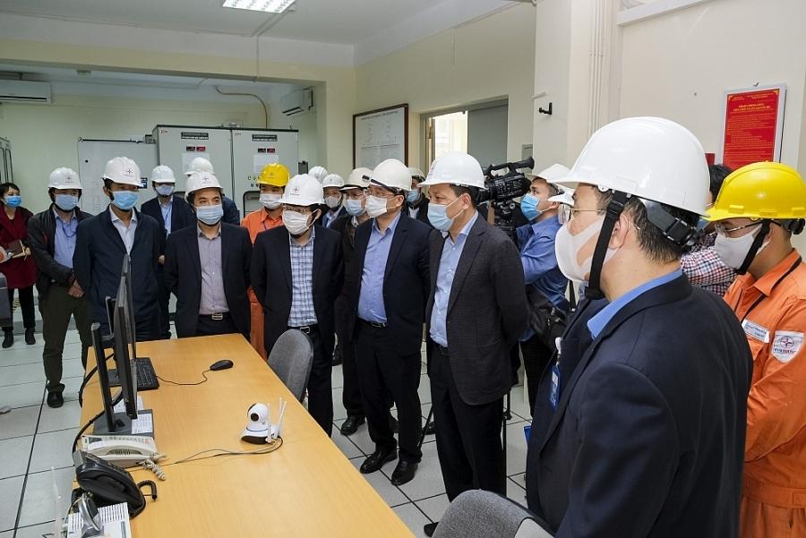 Bộ Công Thương: Đảm bảo hệ thống an toàn, không để thiếu điện dịp Tết