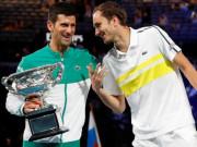 """Djokovic và Medvedev bị nghi """"một mất một còn"""", Svitolina bỏ """"Gã hề"""" (Tennis 24/7)"""