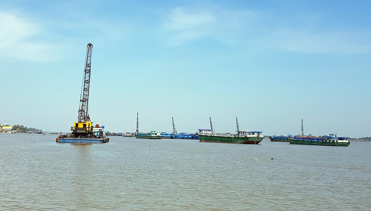 Mỏ cát trên sông Tiền được trả giá 2.811 tỷ đồng