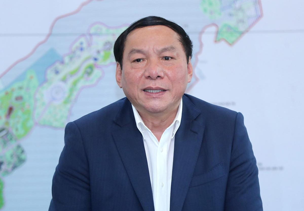 Tân Bộ trưởng Nguyễn Văn Hùng: 'Hộ chiếu vaccine là chìa khóa mở cửa'