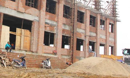 Gói thầu xây Trường tiểu học Khánh Hội (Ninh Thuận): Loại nhà thầu có khiên cưỡng?