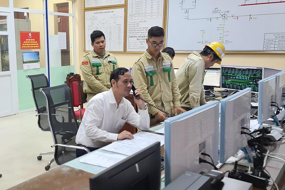 Đóng điện công trình lắp máy biến áp số 2 trạm biến áp 500kV Việt Trì.