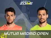 """Bỏ nhỏ quá hiểm Madrid Open: Berrettini cứu bóng hay, Fognini """"toát mồ hôi"""""""
