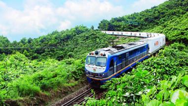 Có đường sắt tốc độ cao, tuyến hiện hữu khai thác thế nào?