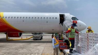 Bộ GTVT đề nghị hàng không giảm giá cước vận chuyển vải thiều Bắc Giang
