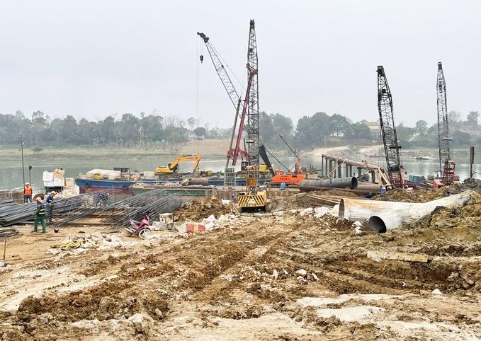 Gỡ vướng nguồn vật liệu xây dựng cao tốc Bắc Nam