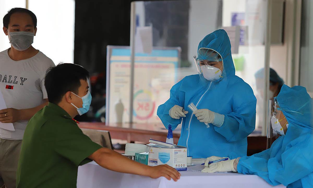 Việt Nam ghi nhận số ca nhiễm kỷ lục trong một ngày