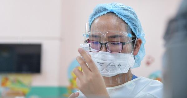 TP.HCM công bố kế hoạch tiêm vắc xin cho trẻ từ 12-17 tuổi