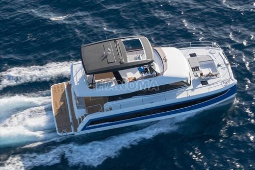 Du thuyền FOUNTAINE PAJOT CATAMARAN MOTOR YACHT MY 44 13.40 m MÁY 2 THÂN