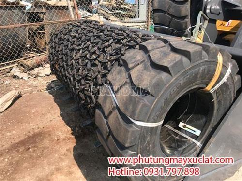 Lốp và xích bọc lốp 15.70-18 chất lượng cao