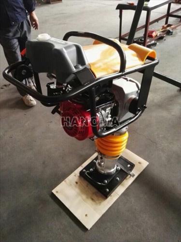 Máy đầm cóc TQ HCR125A
