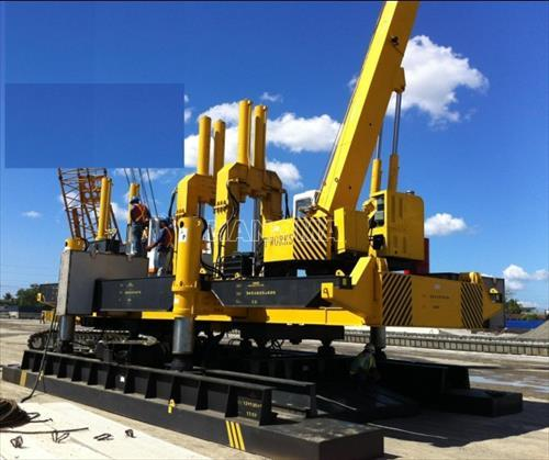 Máy ép cọc ROBOT ZYC700B-B 2018