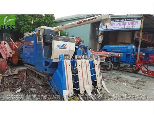 Máy gặt đập liên hợp ISEKI HF322