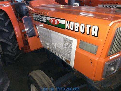 Máy kéo KUBOTA ZL3202