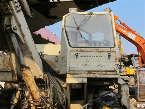 Máy khoan đá INGERSOLL-RAND ECM680 56049