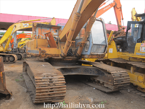 Máy xúc đào bánh xích HITACHI EX 270LC