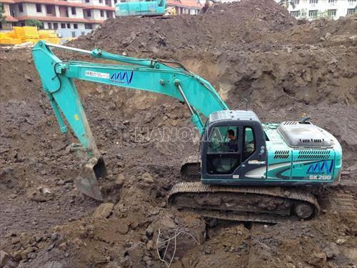 Máy xúc đào bánh xích KOBELCO SK200-8