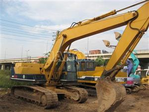 Máy xúc đào bánh xích KUBOTA PC200-3