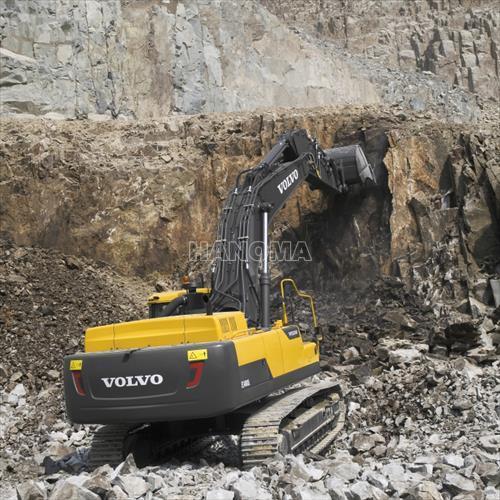 Máy xúc đào bánh xích VOLVO EC480D