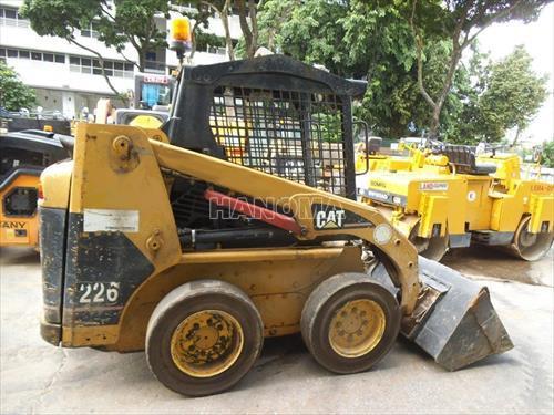 Máy xúc đào Mini CAT 226