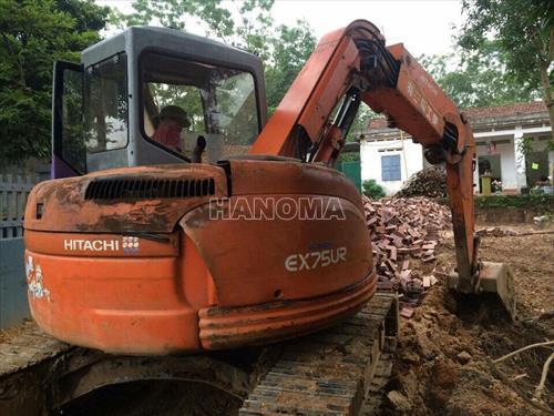 Máy xúc đào Mini HITACHI EX75-3