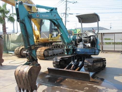 Máy xúc đào Mini KUBOTA UX35 10607