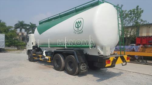 Xe chở thực phẩm HINO FL8JTSA 26 khối thức ăn chăn nuôi