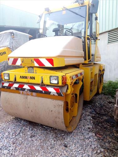 Xe lu rung AMMANN AV95 2002 9.5 tấn