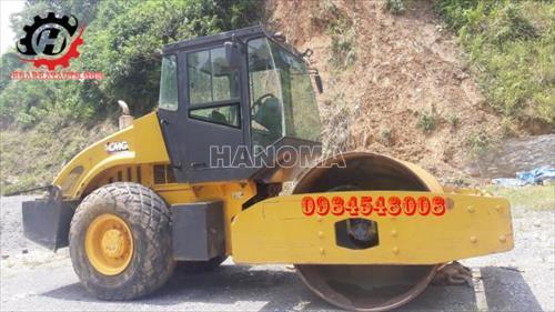 Xe lu rung XCMG XS142J 7.3 tấn