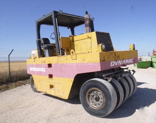 Xe lu tĩnh 1995 DYNAPAC CP271 27 tấn