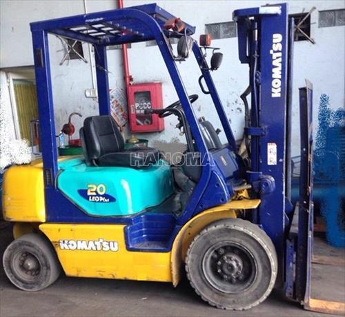 Xe nâng KOMATSU FD20T-12