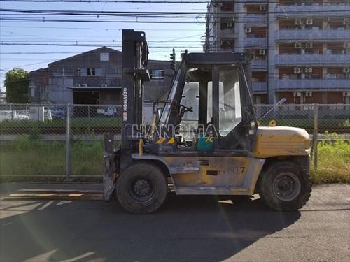 Xe nâng KOMATSU FD70-8 2006