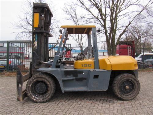 Xe nâng TCM FD100Z8 2007
