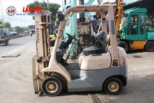 Xe nâng 2005 TOYOTA 7FD15 7FD14 # 11195