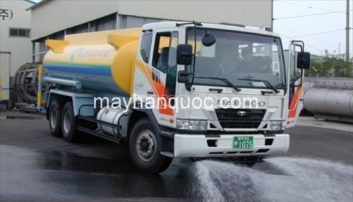 Xe phun nước rửa đường DAEWOO F4CEF 10m3
