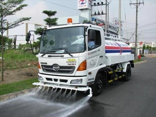 Xe phun nước rửa đường HINO 6M3 2018
