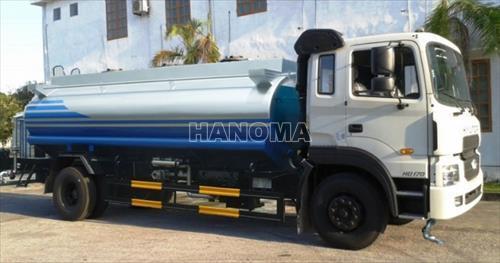 Xe phun nước rửa đường HYUNDAI 12 M3