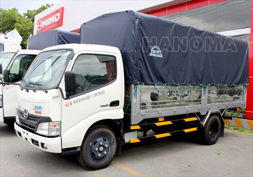 Xe tải 2020 HINO XZU650 1T9 THÙNG BẠT XZU650L